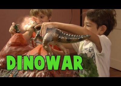 DINOWAR – SOLDADITOS VS DINOSAURIOS